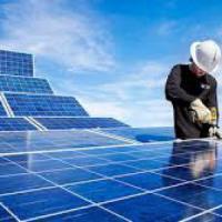 Usa, il solare produce più posti di lavoro del petrolio
