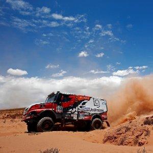 Dakar, nei camion il titolo è dell'Iveco
