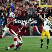 Nfl, ai Cardinals il match dell'anno ma Rodgers è eroico