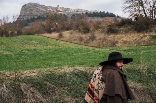 Capossela ci guida nel suo paese dei Coppoloni