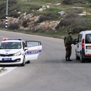 Intifada dei coltelli, donna israeliana incinta accoltellata in Cisgiordania