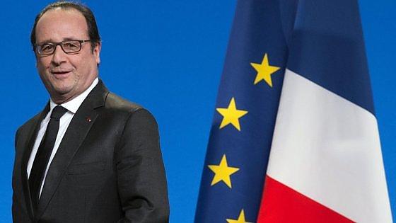 Hollande lavora al Jobs Act francese: due miliardi per i contratti di formazione