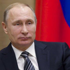 Russia, no della Duma a legge anti-gay