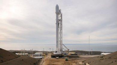 Spazio, fallito l'atterraggio del razzo Space X su piattaforma in mare