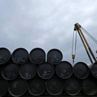 La Cina fissa il prezzo del petrolio a 40 dollari: beffa per i consumatori, ma agli italiani va peggio