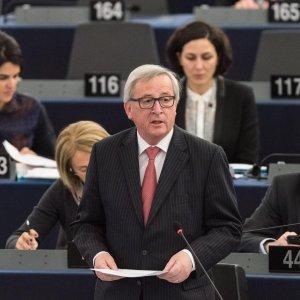 """Migranti, Tusk:""""Abbiamo due mesi per salvare Schengen"""""""
