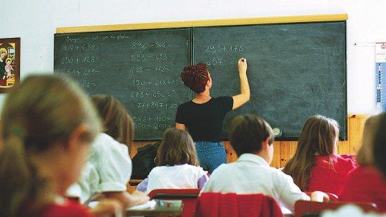Il prof intermittente: la riforma non ferma la giostra dei supplenti