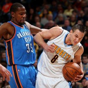 Basket, Nba: un super Gallinari non basta a fermare la corsa di Oklahoma City
