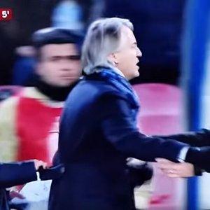 """Sarri e le offese a Mancini: rischia quattro mesi di squalifica. Il tecnico: """"Non sono omofobo, ho avuto amici gay"""""""