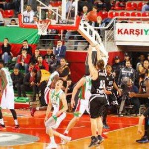 Basket, Eurocup: Trento, impresa in Turchia. Reggio Emilia, Sassari e Venezia ko