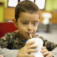 Alimenti bambini, il Parlamento europeo blocca norme Ue favorevoli a superdosi zucchero