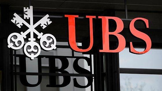 """La Francia accusa Ubs: """"38mila conti in nero nascondono 12 miliardi di euro"""""""