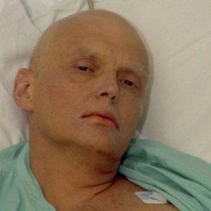 """Omicidio Litvinenko, inchiesta britannica accusa Putin: """"Probabilmente fu lui a ordinarlo"""""""
