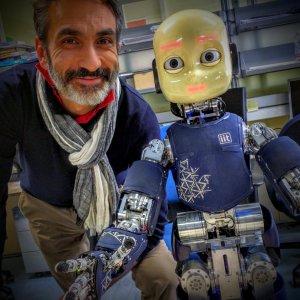 Il nostro futuro tra umani e umanoidi, così gli scienziati ripensano il mondo del domani