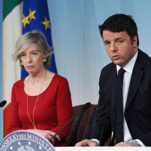 """Scuola, concorso per 63mila docenti. Renzi: """"Per la normalità ci vorranno tre anni"""""""
