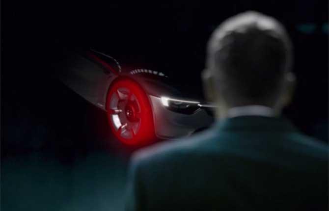 Prosegue la saga Opel del reveal della GT Concept
