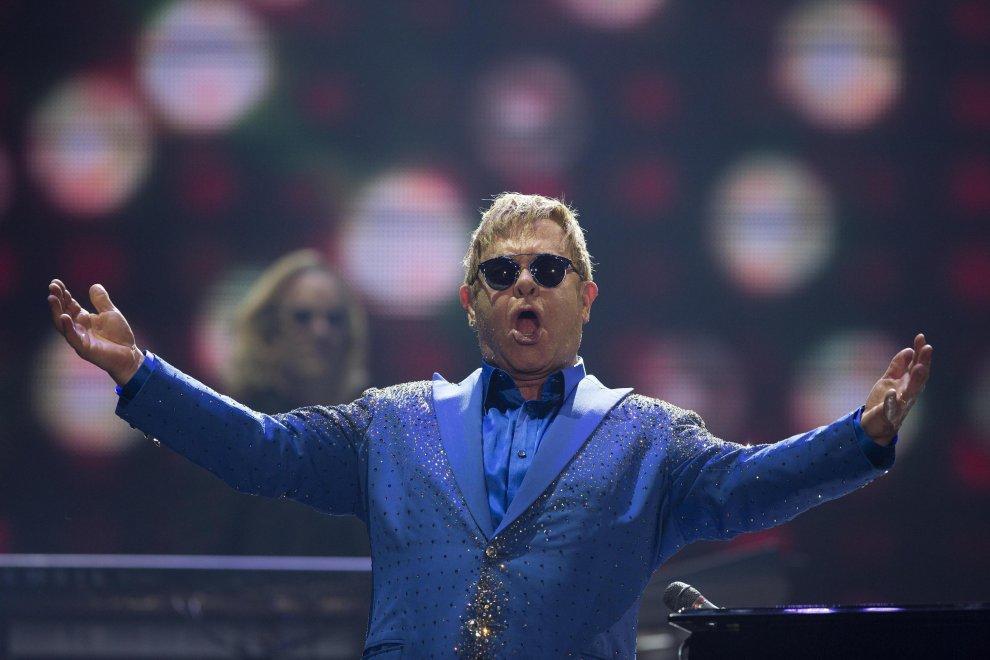 Elton John, ritorno a Sanremo: non saliva sul palco dell'Ariston dal 1994