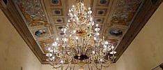 Ferrara-Murano e ritorno -   foto   Rivivono i lampadari distrutti dal sisma