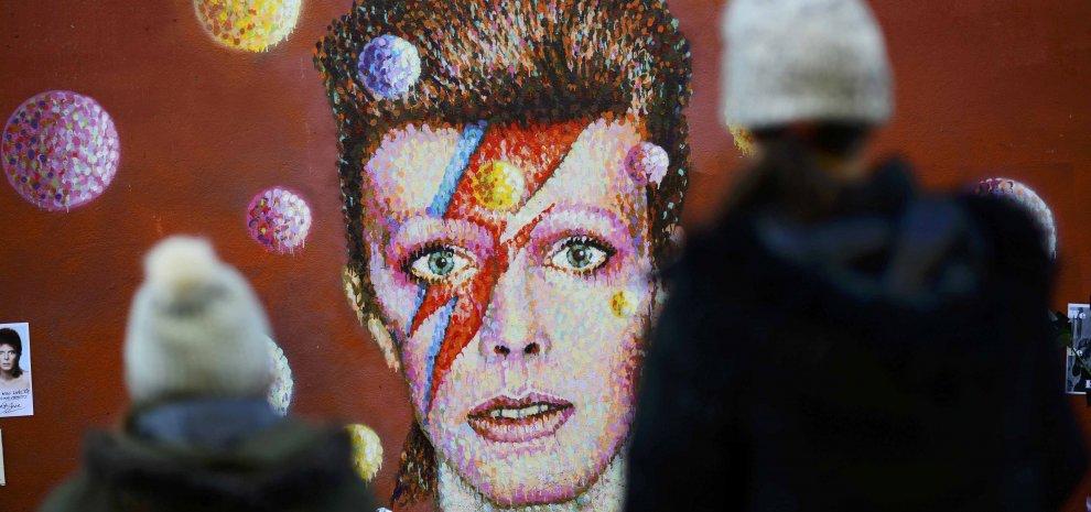 Bowie preparò raccolte da pubblicare dopo la sua morte. La prima nel 2017