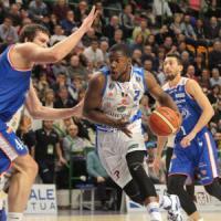 Basket: cadono Sassari e Venezia, Cremona al secondo posto