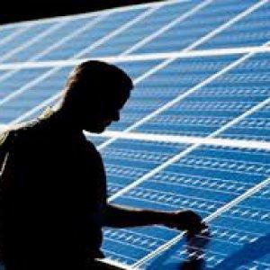 Italia, la marcia indietro delle rinnovabili