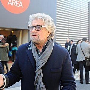 """Grillo attacca la Rai: """"E' una tv fascista"""". Freccero: """"Riportiamolo in prima serata"""""""