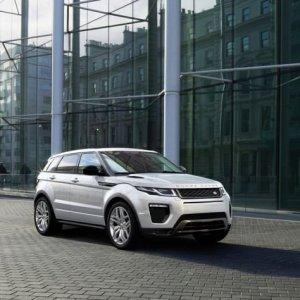 Nuova Range Rover Evoque, la moda al potere