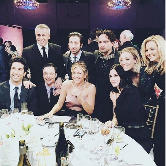 Friends, reunion aspettando la reunion (con Big Bang Theory)