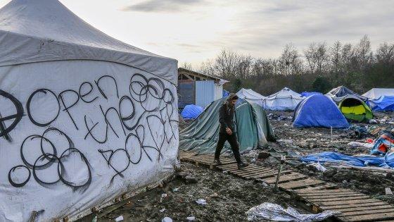 Schengen spacca l'Europa, l'ultima mediazione: quote automatiche e obbligatorie