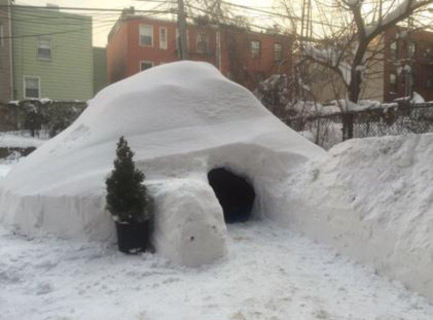 Airbnb, un igloo a Brooklyn dopo la tempesta: annuncio rimosso