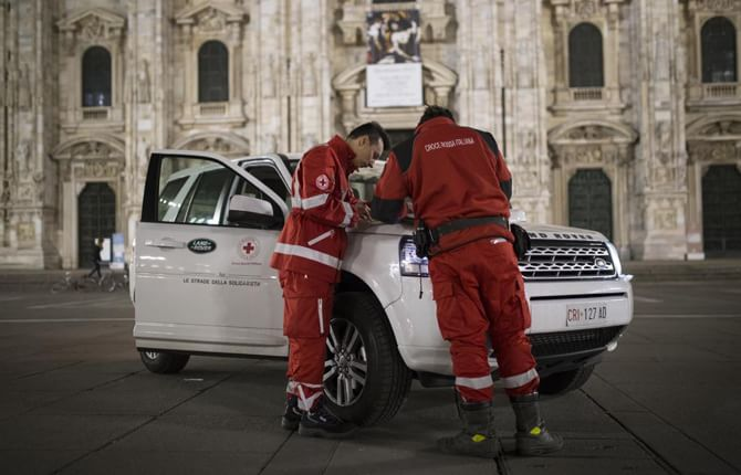 Land Rover e Croce Rossa, viaggio della solidarietà