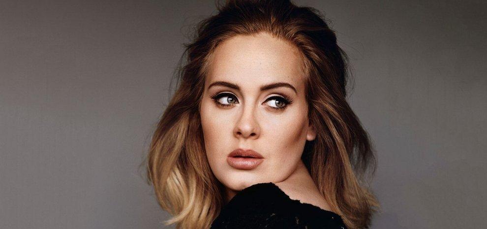 Adele, no agli Oscar. Il tour mondiale è più importante