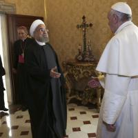 Vaticano, Rouhani incontra papa Francesco: