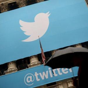 Twitter, un regalo ai vip: eliminata la pubblicità dai loro profili