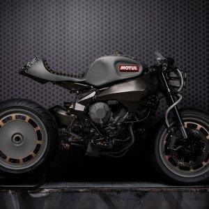 Motul Onirika 2853, una show bike per beneficenza