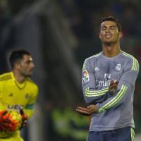 Real Madrid, Cristiano Ronaldo si riprende il record: è il più costoso della storia
