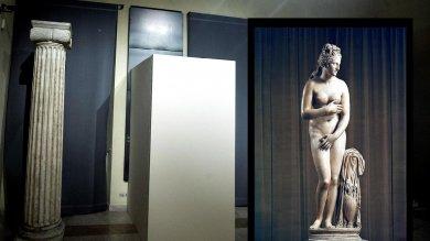 """Franceschini: """"Coprire statue nude   video      scelta incomprensibile"""" -   fotoconfronto   -   vd"""