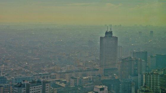 Auto, l'inquinamento reale è 4 volte più alto dei dati ufficiali