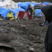 La Svezia espellerà 80 mila profughi arrivati nel 2015. L'Olanda: treni per rimandare in Turchia i migranti da Grecia