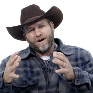 """Oregon, il leader della milizia armata ai suoi: """"Arrendetevi"""""""