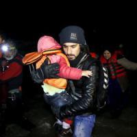 Migranti, nuova strage in Grecia: 24 vittime, dieci sono bambini