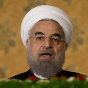"Rouhani a Parigi, la protesta di 60 deputati: ""Hollande difenda diritti umani"""