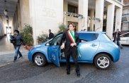 L'Aquila viaggia con l'elettrica Nissan Leaf