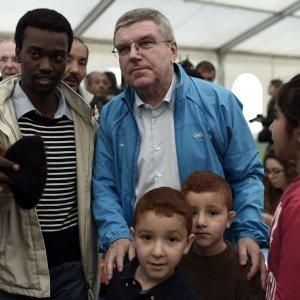 Rio 2016, Bach annuncia: ''Squadra di rifugiati sotto bandiera olimpica''