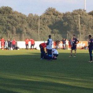 Napoli, con il Positano un gol all'omofobia; ma che brivido per Higuain