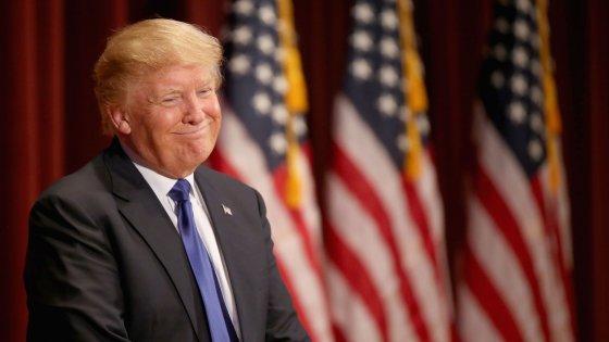 """Presidenziali Usa, scontro Fox-Trump: """"Ci ha chiesto 5 milioni per partecipare al dibattito"""""""