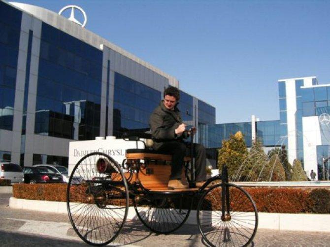 """Mercedes-Benz """"Patent-Motorwagen"""" è la prima auto del mondo"""