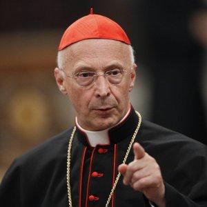 I vescovi: unioni civili sono alternative a famiglia
