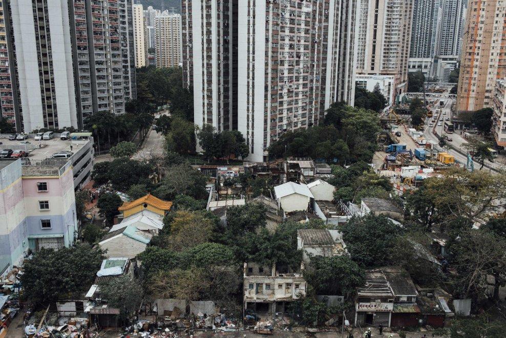 Hong Kong, spazio ai grattacieli: demolito villaggio del 1354