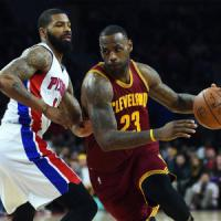 Basket, Nba: Cleveland vola con un Lebron da record, Bargnani non incide